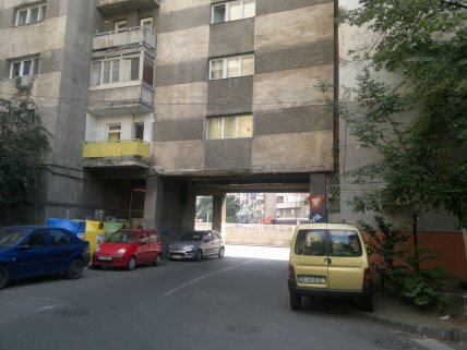 One of the few under-block streets, Obor area